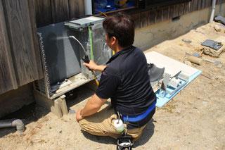 エアコン室外機のクリーニング・洗浄|エアフレッシュ新潟
